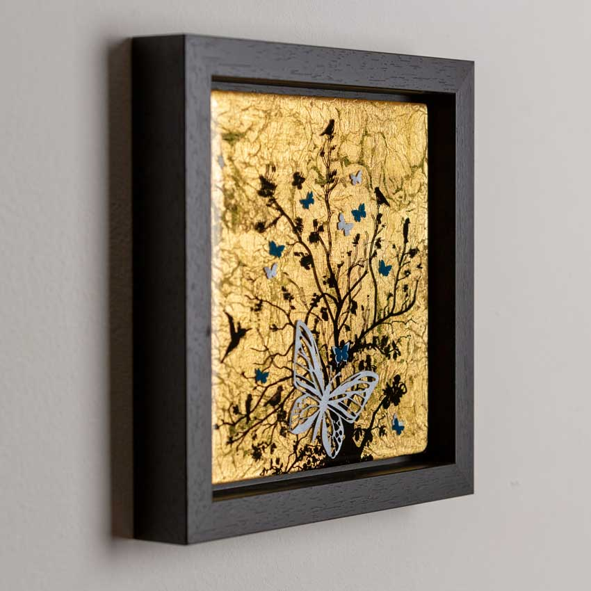 Figurative gold Artwork