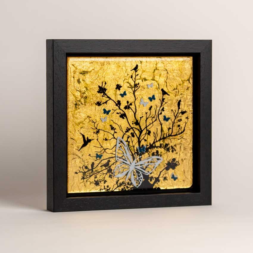 Glossy gold art